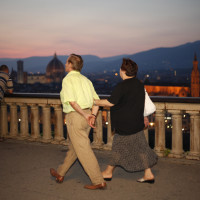 042-cover-walking-by-firenze