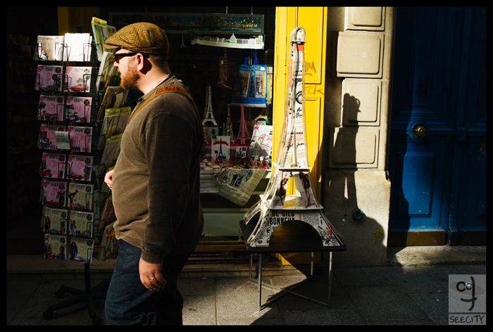 "PARIS The ""walking by"" gallery. A street photography series by Patric Alfred Haroldo"