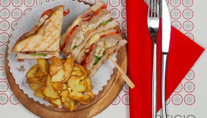 sandwiches & chips