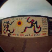 Lomo-EastSideGallery-Freedom