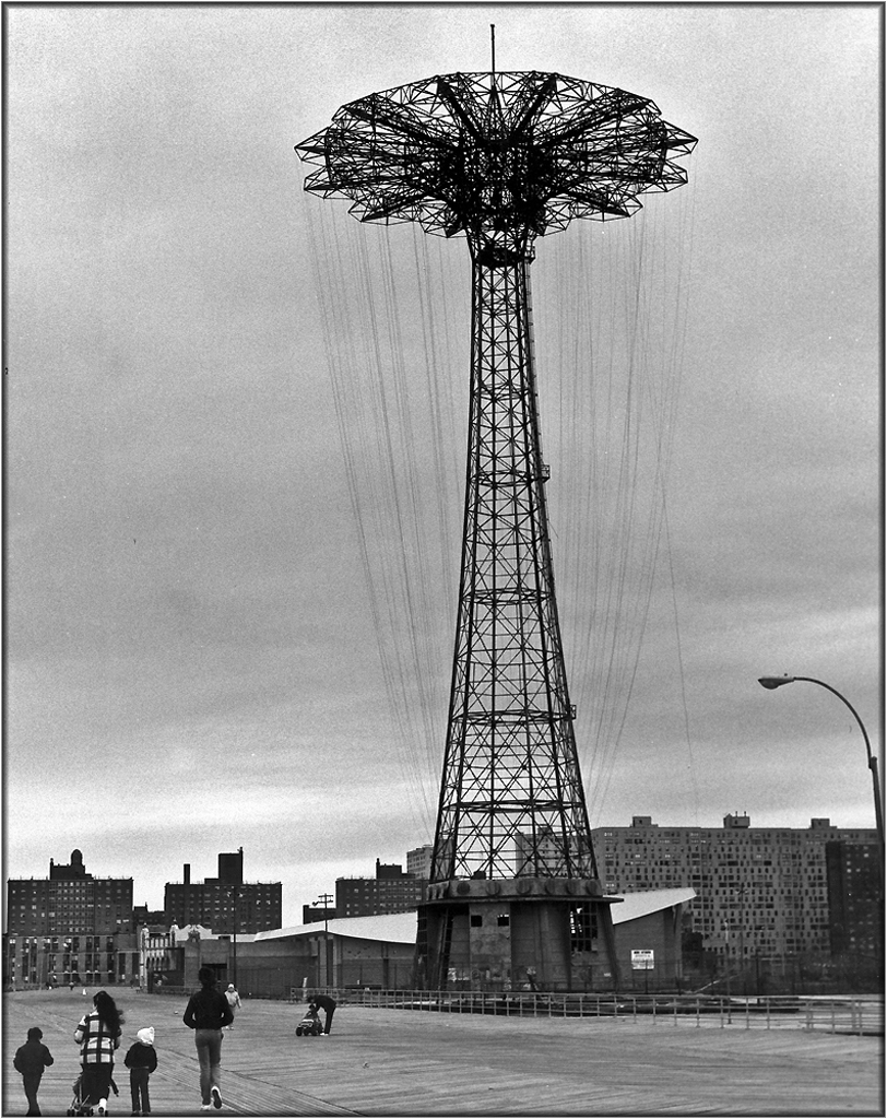 coney-parachute-1987