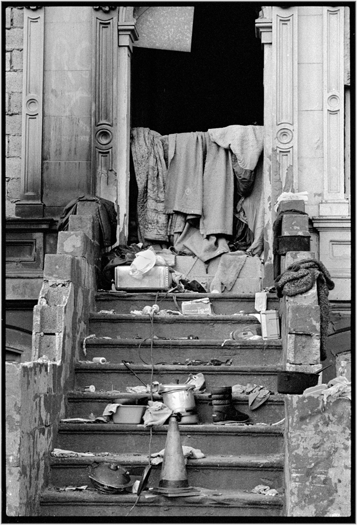 stairs-rubbish-abandoned-harlem-1989-copy