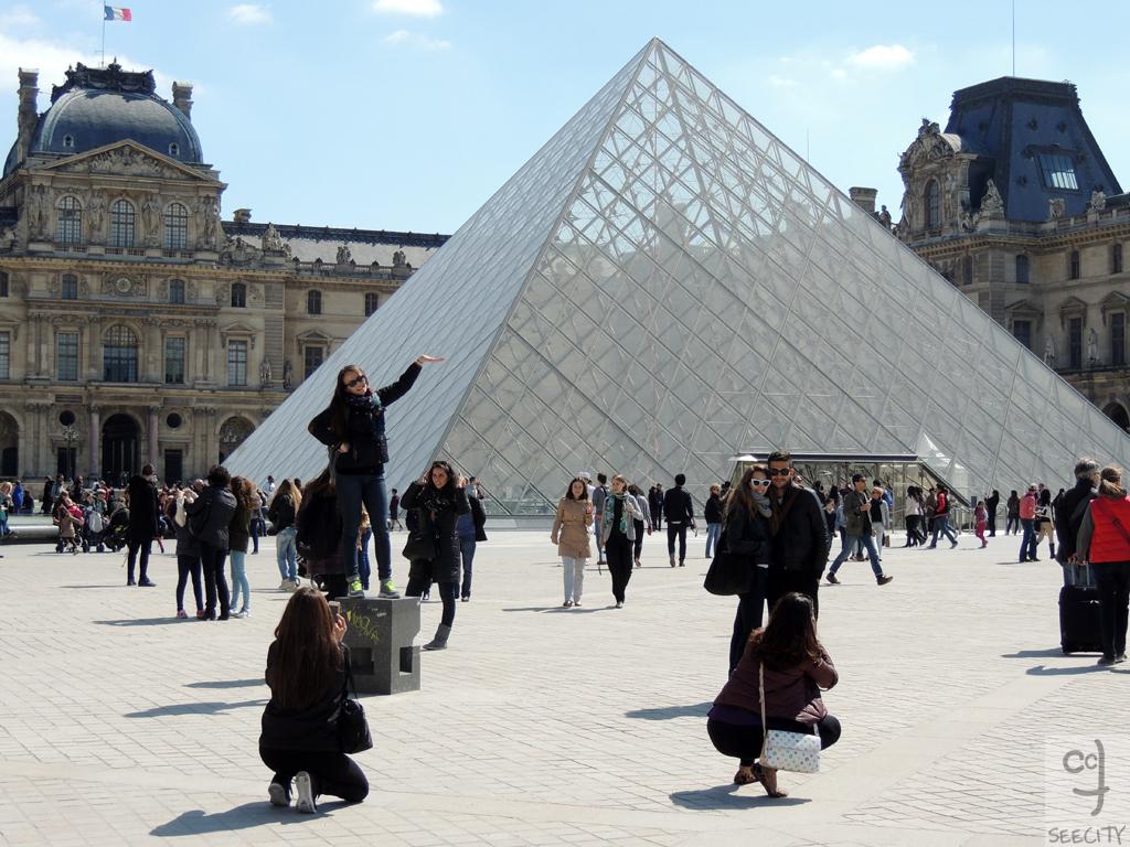 paris-turista-imbruttito
