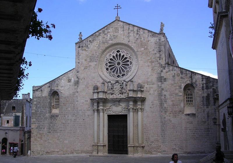 01 Otranto_La_Cattedrale
