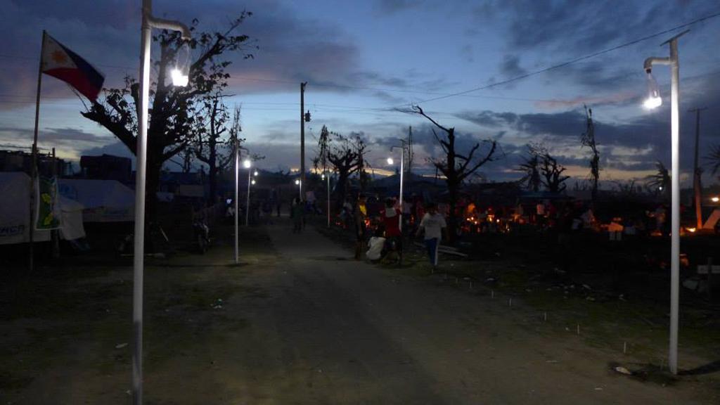 LiterOfLight-in-Palo-Leyte-Tacloban