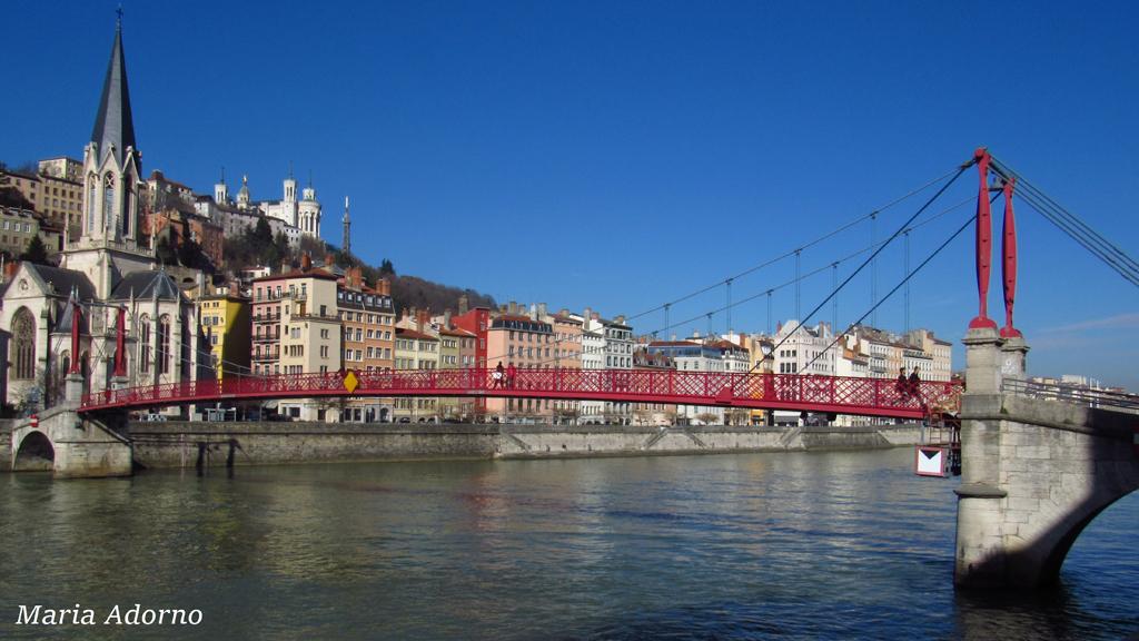 05-Lyon-quai-e-ponti