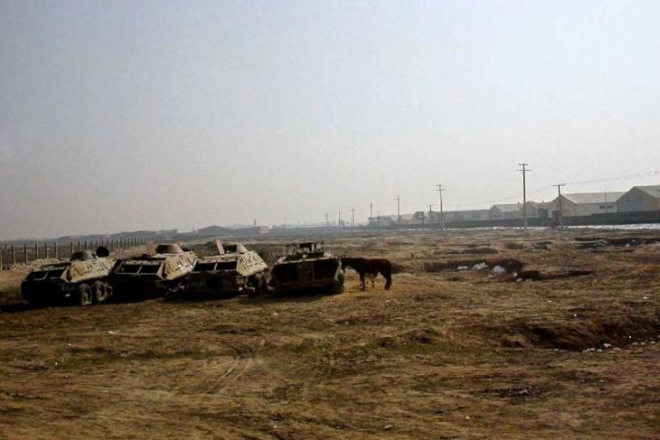 afg130_carri-armati-abbandonati