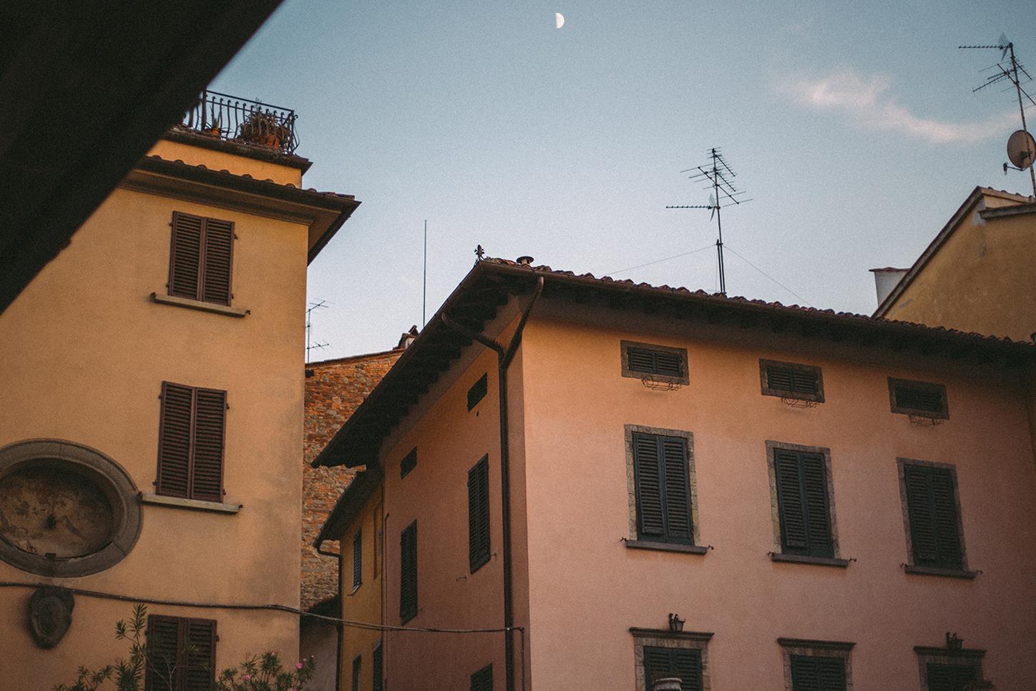 La Luna sopra La Sala.