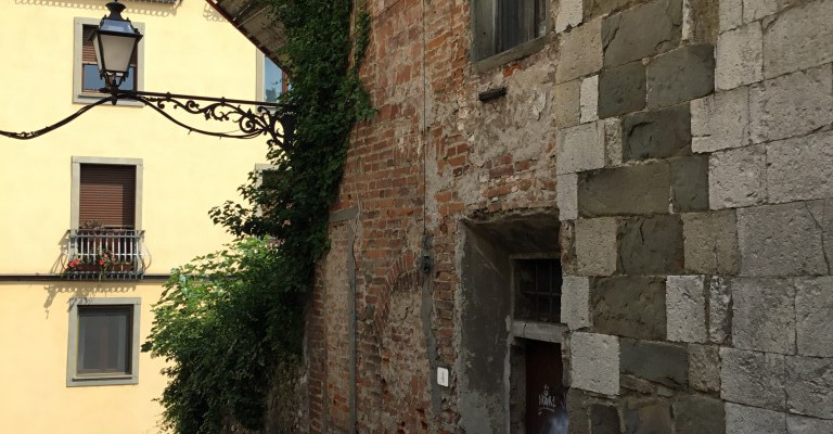 Pistoia - Sdrucciolo del Castellare