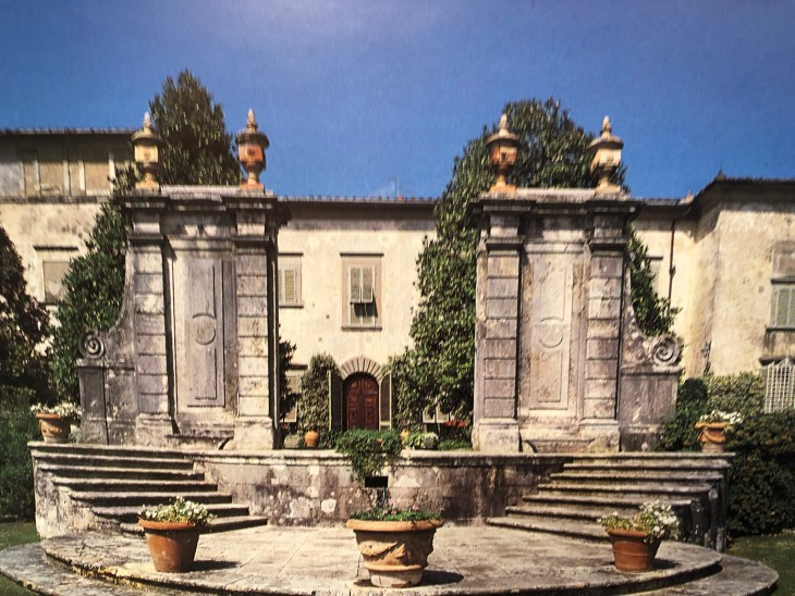 Villa La Magia in una vecchia cartolina
